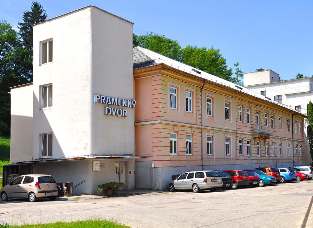 Liečebný dom Pramenný dvor